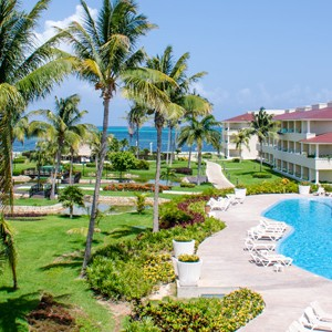 moon palace golf and spa resort - mexico honeymoon packages - swim up suites