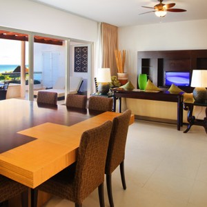 moon palace golf and spa resort - mexico honeymoon packages - villa living area