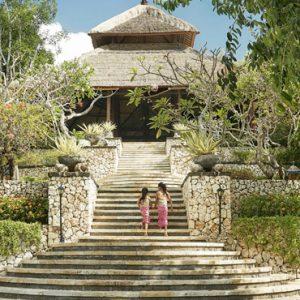 Bali Honeymoon Packages Four Seasons Bali At Jimbaran Entrance