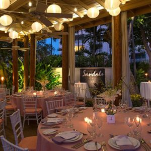 Barbados-Honeymoon-Packages-Sandals-Barbados-dining-11