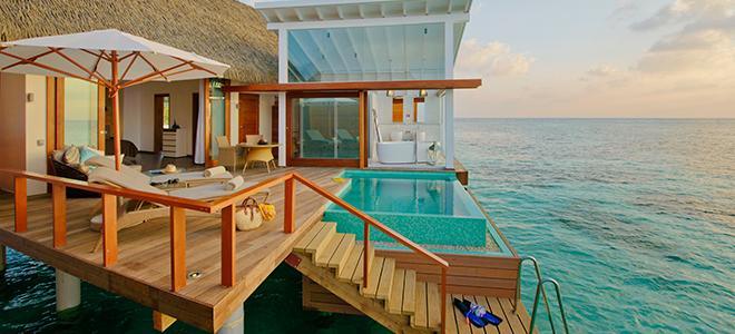 Kandolhu Island - ocean pool villa