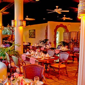 honeymoon packages St Lucia - Sugar Beach Hotel - Restaurant (1)