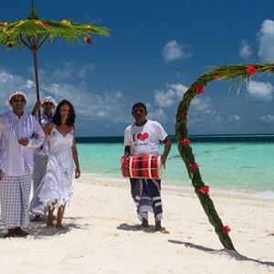 Maldives Honeymoon Packages Biyadhoo Island Beach Wedding