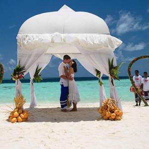 Maldives Honeymoon Packages Biyadhoo Island Beach Wedding1