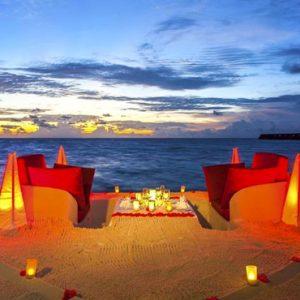 Maldives Honeymoon Packages Centara Ras Fushi Dining