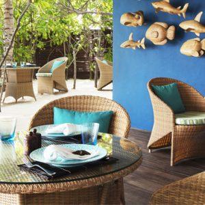 Maldives Honeymoon Packages Taj Exotica Maldives Poolside Bar And Restaurant