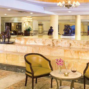 Mexico Honeymoon Packages Secrets Capri Riviera Cancun Bar 2