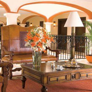 Mexico Honeymoon Packages Secrets Capri Riviera Cancun Bar 3