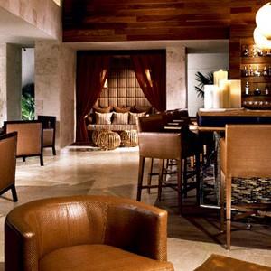 Roseward Mayakoba - Mexico wedding packages - bar area