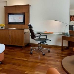 Thailand Honeymoon Packages Rembrandt Hotel Bangkok Deluxe Room2