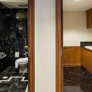 Thailand Honeymoon Packages Rembrandt Hotel Bangkok Presidential Suite Bathroom