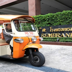 Thailand Honeymoon Packages Rembrandt Hotel Bangkok Taxi In Entrance