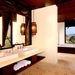 The Vijitt - Luxury Thailand Honeymoon Packages - Deluxe villa bathroom