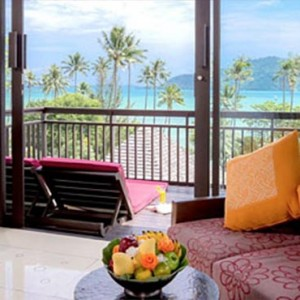 The Vijitt - Luxury Thailand Honeymoon Packages - Deluxe villa seafront balcony area