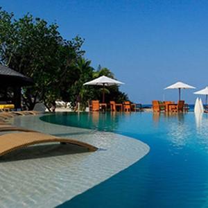 centara ras fushi - maldives honeymoon packages - north atoll swimming pool