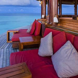 centara ras fushi - maldives honeymoon packages - viu bar