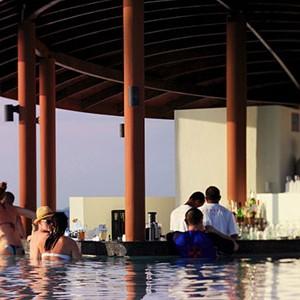 centara ras fushi - maldives honeymoon packages - waves pool bar