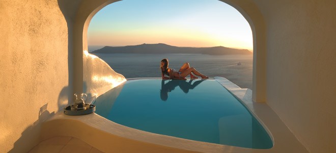 Sun Rocks Hotel Santorini Honeymoon Suite