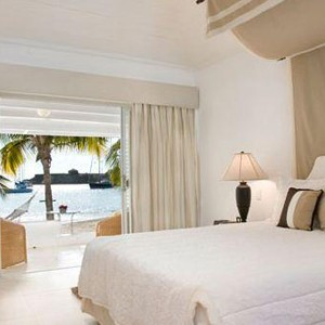Antigua honeymoon packages - The Inn - bed 1