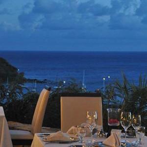 Antigua honeymoon packages - The Inn - night dining