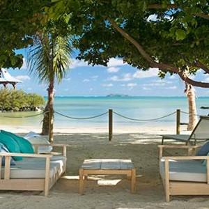 ziwala attitude - mauritius luxury holidays - beach dine