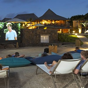 ziwala attitude - mauritius luxury holidays - outdoor cinema