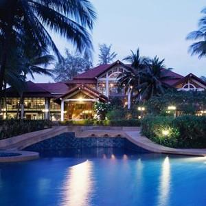 Luxury-Holidays-Phuket-Dusit-Thani-Laguna-Exterior