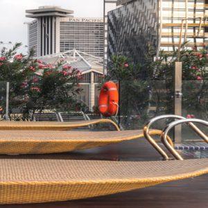 Naumi Hotel Singapore Singapore Honeymoon Packages Cloud 9 Infinity Pool & Bar5