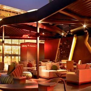 Naumi Hotel - singapore Honeymoons - Alfresco