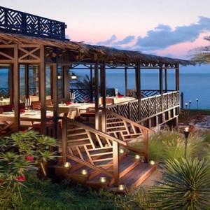 Oman Honeymoon Packages Al Waha At Shangri La Barr Al Jissah Resort And Spa Bait Al Bahr