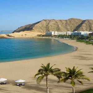 Oman Honeymoon Packages Al Waha At Shangri La Barr Al Jissah Resort And Spa Beach