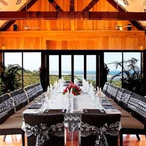 Outrigger-Fiji-Beach-Resort-Dining