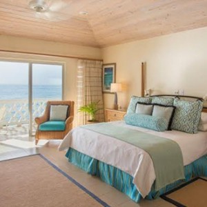 curtain-bluff-bedroom