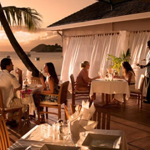 curtain-bluff-dining