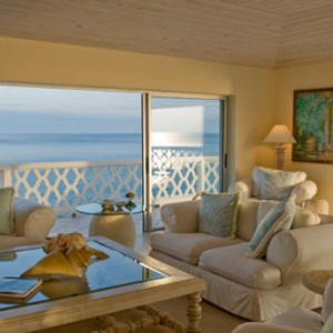 curtain-bluff-lounge