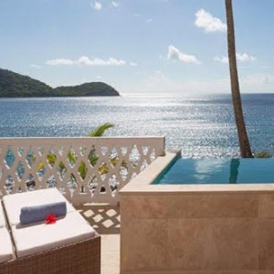 curtain-bluff-plunge-pool