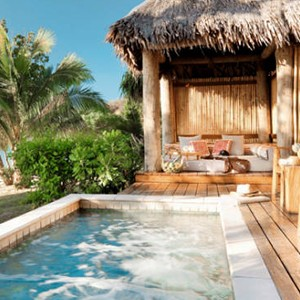 likuliku-lagoon-resort-plunge-pool