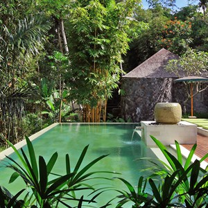 purist-villas-bali-garden-pool