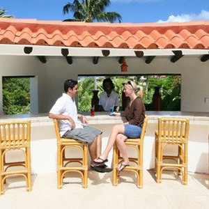 sugar cane club hotel - barbados honeymoon packages - bar