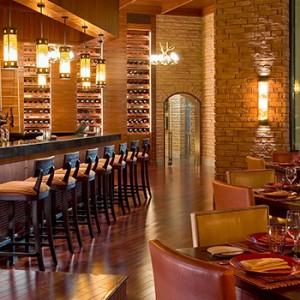 the palace downtown dubai - dubai luxury honeymoon packages - bar