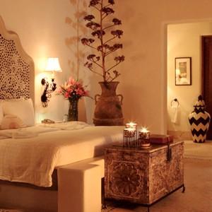 Las Ventanas Al Paraiso - mexico honeymoon packages - bedroom