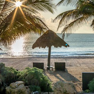 Le Reve Hotel and spa - Mexico Luxury Honeymoons - beach