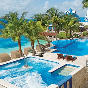 Zoetry Villa Rolandi Mujeres Cancun - Luxury Honeymoon Packages - beach