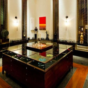 Oman Honeymoon packages The Chedi Muscat Oman Lounge 4