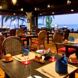 panviman-koh-chang-beach-restaurant
