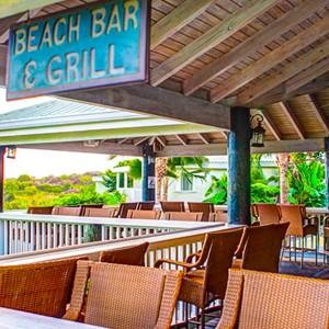 the-verandah-resort-spa-beach-bar