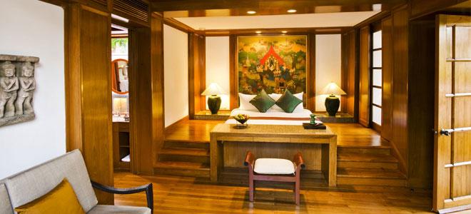 Banyan-Tree-Phuket-king-size-raised-bed-garden-view