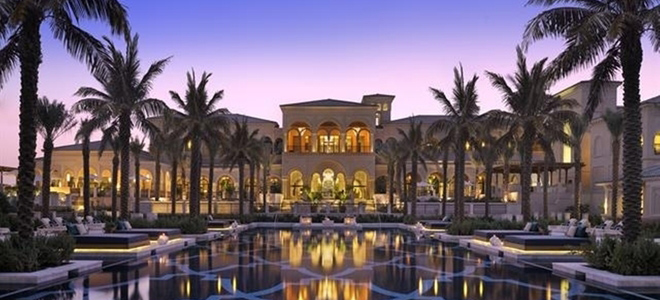 One-and-Only-Palm-exterior