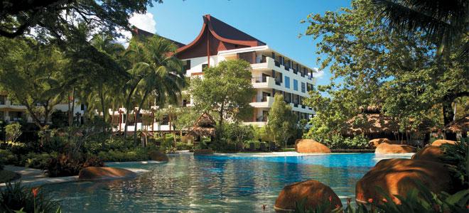 shangri-la-rasa-saynga-resort-and-spa-beach-pool