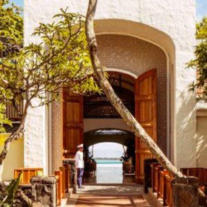 Lobby One&Only Le Saint Geran Mauritius Honeymoons